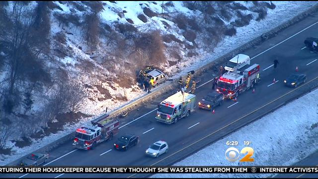1 Dead In Multi-Car Crash On Sprain Brook Parkway
