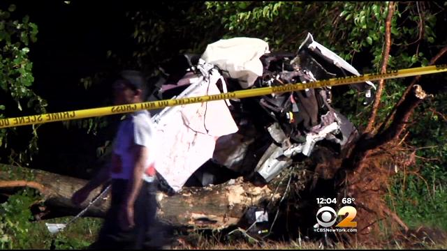 Police Investigating Fatal Overnight Crash On Meadowbrook State Parkway